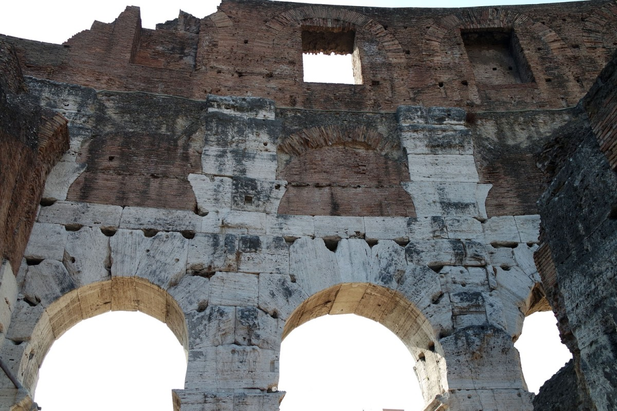 O arco e as abóbadas romanas