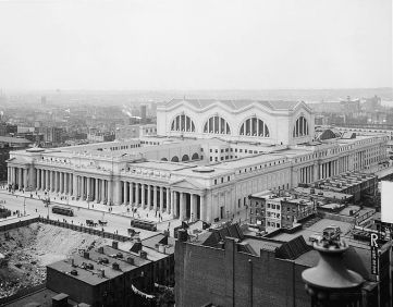 Pennsylvania_Station_aerial_view,_1910s