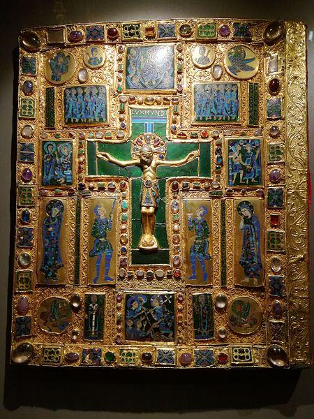 Museo_del_duomo_(Evangeliario_di_Ariberto).jpg