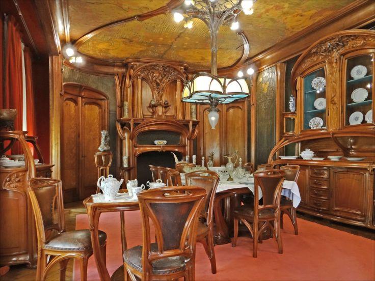 Salle_à_manger_art_nouveau_(Musée_de_lEcole_de_Nancy)_(8029194773).jpg